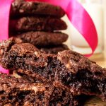 Chocolate cookies [*lacto-ovo-vegetarian]