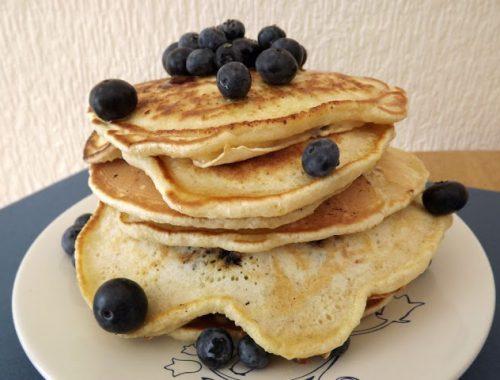 reteta-pancakes-cu-afine