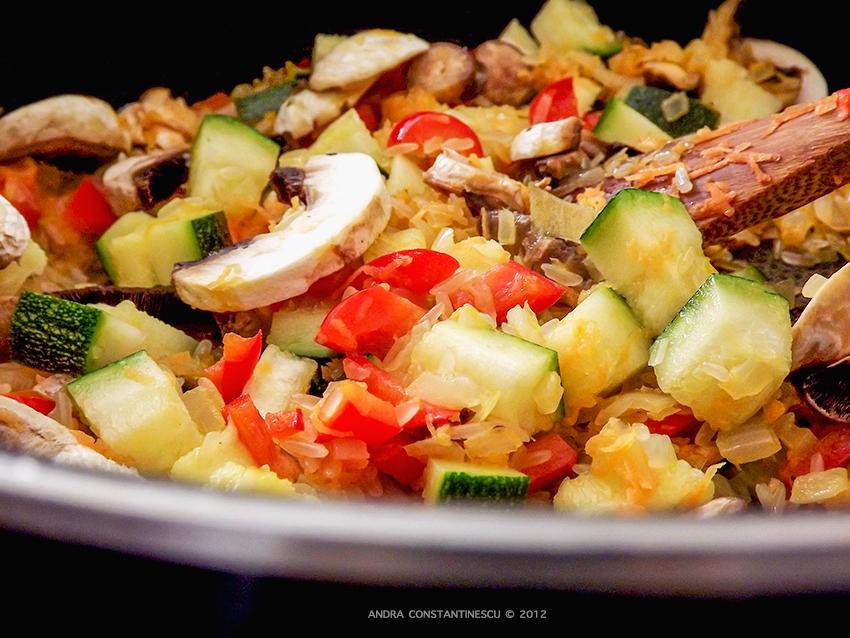 ardei-umpluti-cu-orez-si-legume