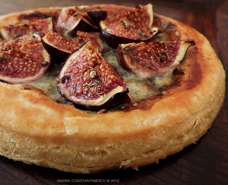 reteta-tarta-cu-smochine-si-gorgonzola