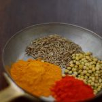 Taste of India: Curry cu conopida, broccoli si morcovi [*vegan]