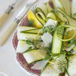 Retete de Pasti: salata de dovlecei cu rucola, marar si Parmigiano Reggiano [*lacto-vegetarian]