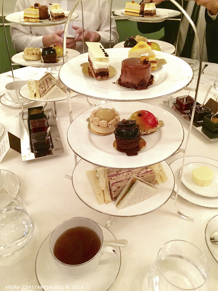 afternoon-tea-londra-connaught-hotel