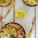 Retete de sarbatoare: salata de cuscus cu rodie, masline Kalamata si patrunjel [vegetarian]