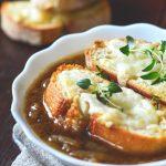 Taste of France: supa frantuzeasca de ceapa cu branza Gruyere