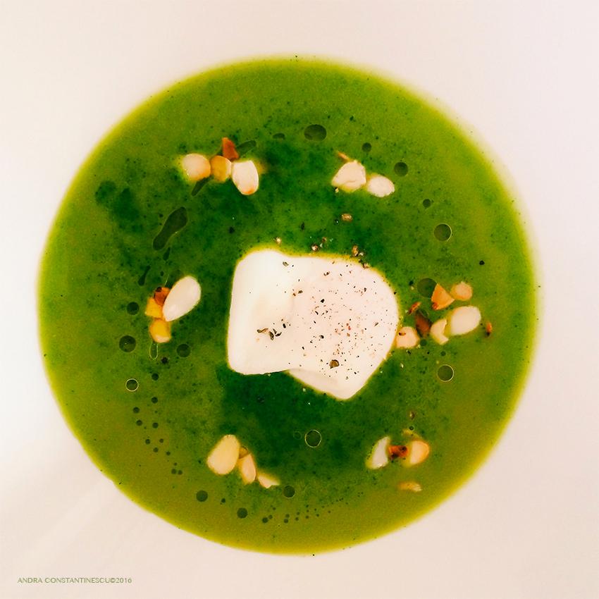 reteta-supa-crema-de-frunze-verzi