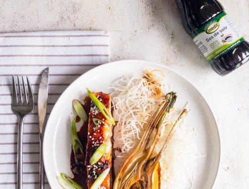 File de somon cu sos de soia